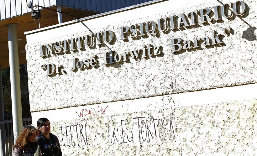 INDH se querella por tortura sexual a mujer internada en Hospital Horwitz