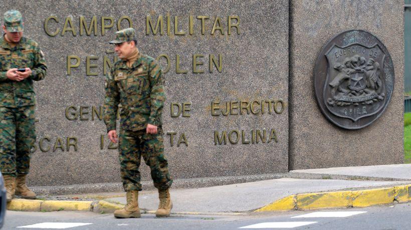 """Capitán espiado por el Ejército indicó jueces """"pudieron ser engañados"""" para autorizar escuchas telefónicas"""