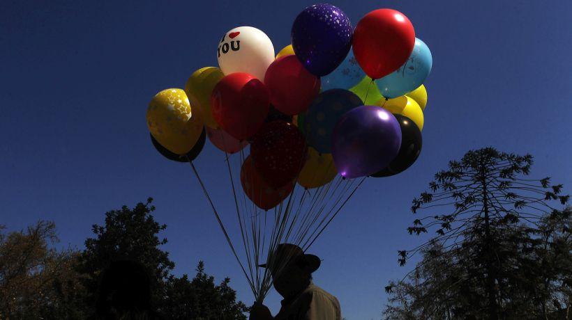 Sorprenden a mujer que intentaba ingresar droga a la cárcel de Chillán adentro de un globo