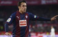 Fabián Orellana fue titular en victoria del Eibar ante Valencia en España