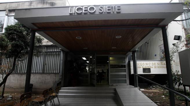 Liceo 7 de Providencia será mixto el 2021 con la llegada de más de 100 estudiantes
