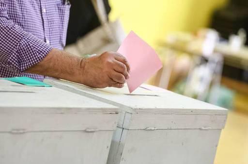 Bancadas de oposición llamaron al presidente Piñera a promulgar reforma al límite de la reelección