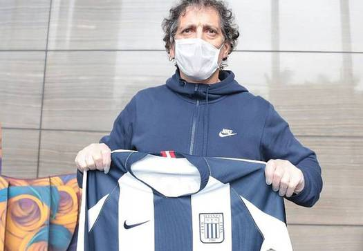 Alianza de Lima informó que Mario Salas tuvo Covid-19 y este martes recibió el alta médica