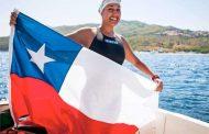 Bárbara Hernández hace historia y se transforma en la primera nadadora chilena en completar la Triple Corona de Aguas Abiertas