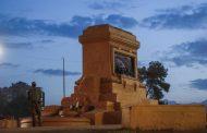 """Fiscal Guerra hace duro mea culpa tras retiro de estatua de Baquedano: """"No hemos sido lo suficientemente eficaces"""""""
