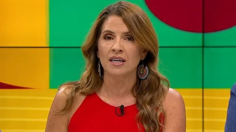 """Monserrat Álvarez bromeó tras compra de CHV: """"Yo me vendí hace como diez años a la televisión"""""""