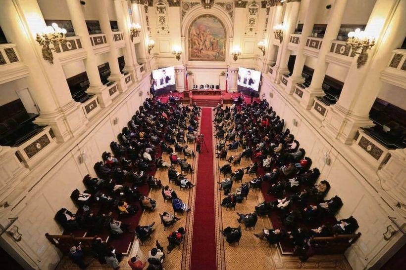 Convención Constitucional reportó un caso de Covid-19 y nueve contactos estrechos